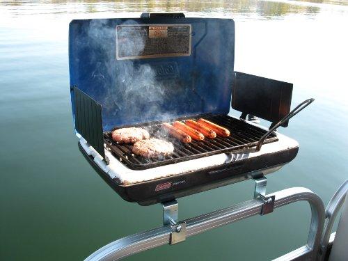 pontoon boat crabbing grill